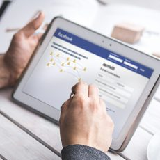 usare Facebook per trovare lavoro